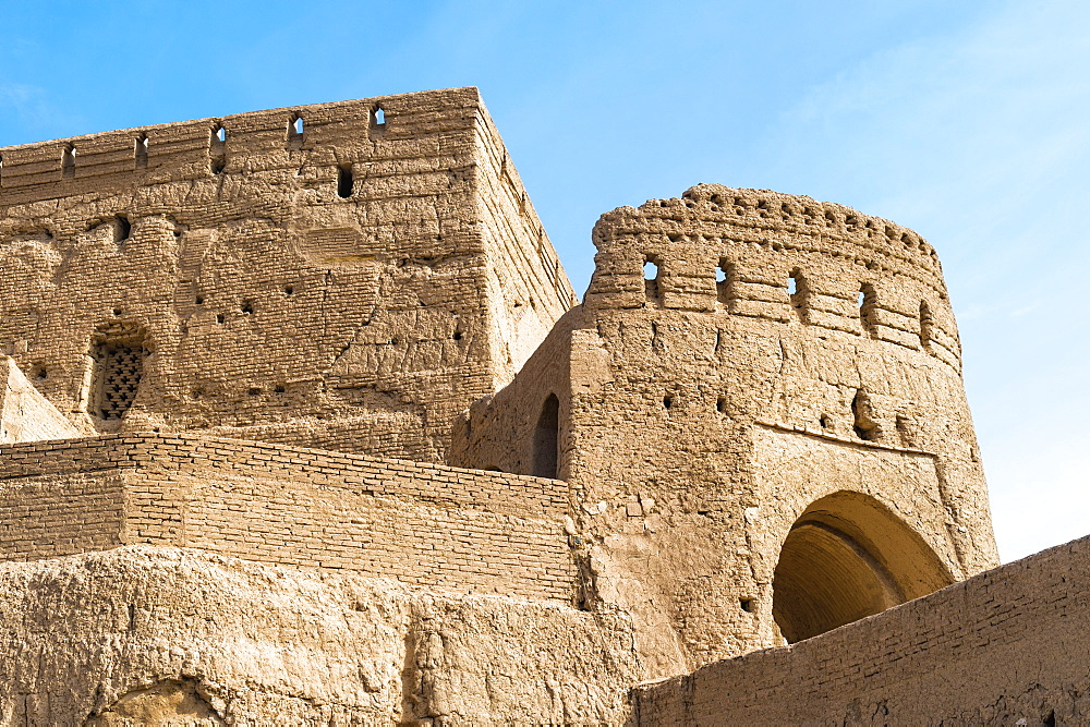 Narin Qaleh (Narin Ghaleh), tower and ramparts, Meybod mud-brick fortress, Meybod, Yazd Province, Iran, Middle East