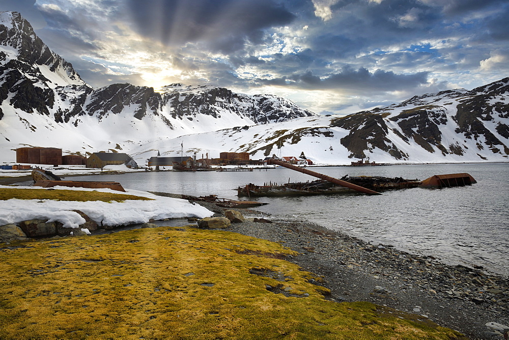 Former Grytviken whaling station, King Edward Cove, South Georgia, South Georgia and the Sandwich Islands, Antarctica, Polar Regions