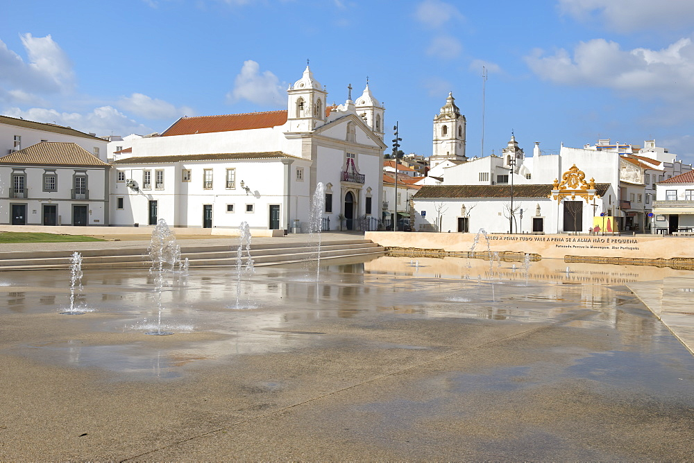 Santa Maria Church and fountain, Infante Dom Henrique Square, Lagos, Algarve, Portugal, Europe - 1131-1556