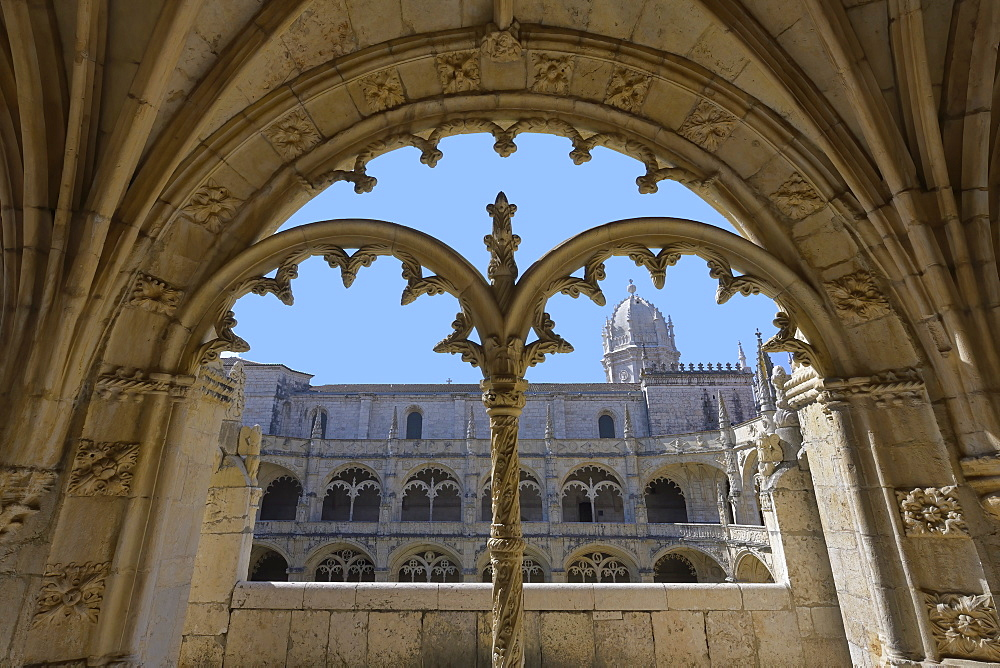 Manueline ornamentation in the cloister, Monastery of the Hieronymites (Mosteiro dos Jeronimos), UNESCO World Heritage Site, Belem, Lisbon, Portugal, Europe - 1131-1578
