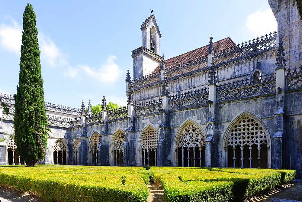 King Joao I Cloister, Arcade Screens, Dominican Monastery of Batalha (Saint Mary of the Victory Monastery), UNESCO World Heritage Site, Batalha, Leiria district, Portugal, Europe - 1131-1592