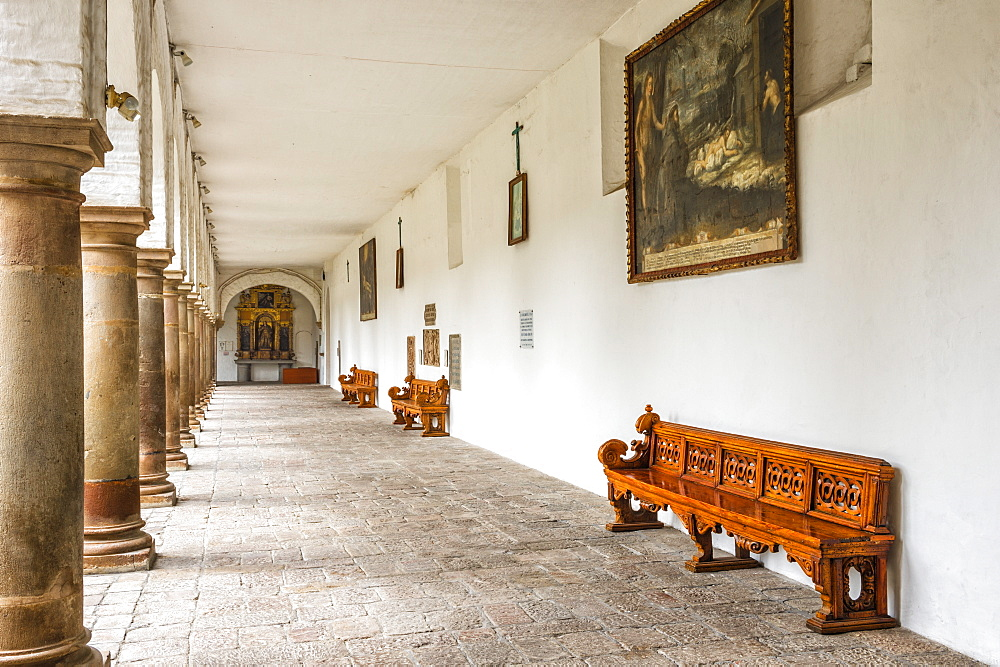 Cloister, San Francisco Church and Convent, Quito, UNESCO World Heritage Site, Pichincha Province, Ecuador, South America