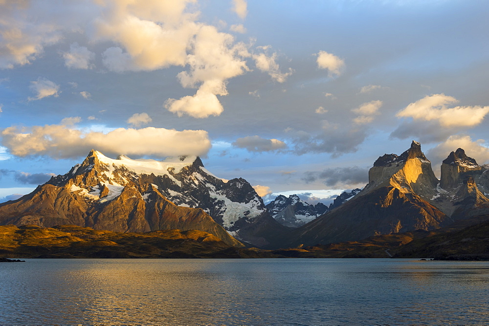 Sunrise over Cuernos del Paine and Lago Pehoe, Torres del Paine National Park, Chilean Patagonia, Chile, South America