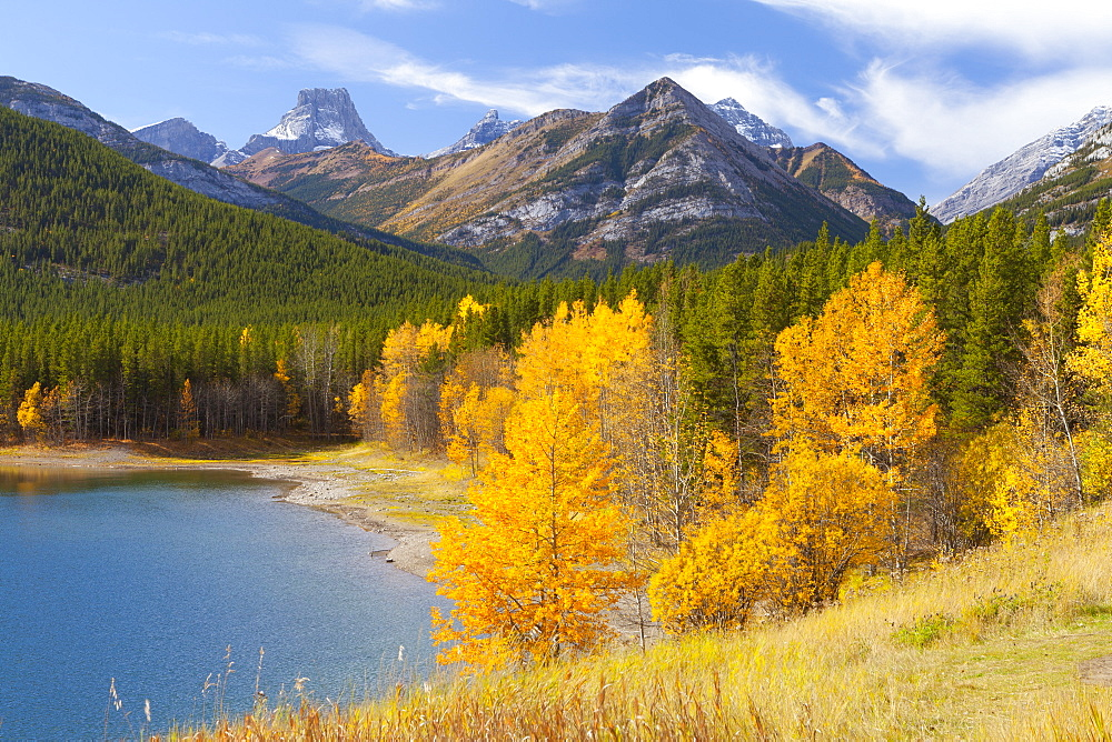Wedge Pond in autumn, Peter Lougheed Provincial Park, Alberta, Canada, North America