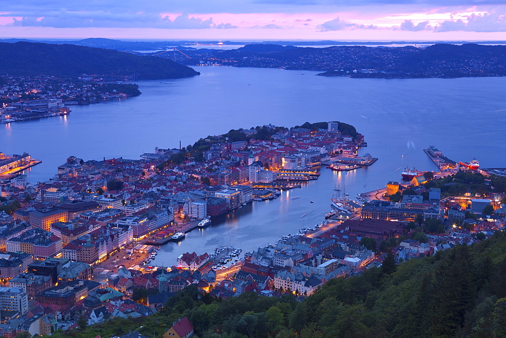 Elevated view over central Bergen at dusk, Bergen, Hordaland, Norway, Scandinavia, Europe