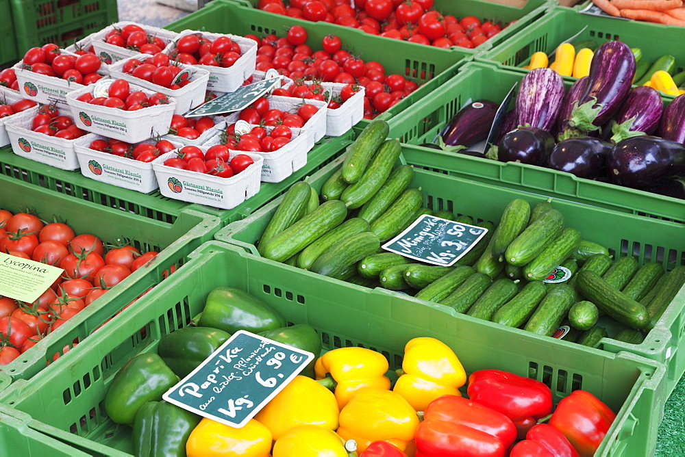 Tomatoes, paprika, cucumber and aubergine at a market stall, weekly market, market place, Esslingen, Baden Wurttemberg, Germany, Europe