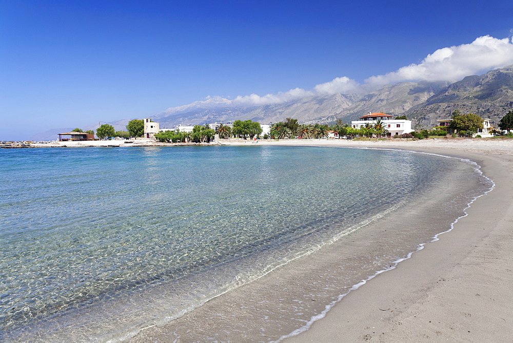 Beach of Frangokastello in front of Lefka Ori Mountains (White Mountains), Chania, Crete, Greek Islands, Greece, Europe