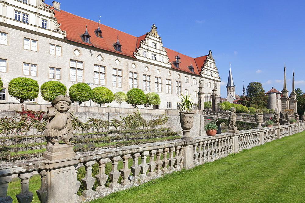Schloss Weikersheim, Weikersheim, Romantische Strasse (Romantic Road), Taubertal, Main Tauber Kreis, Baden Wurttemberg, Germany, Europe