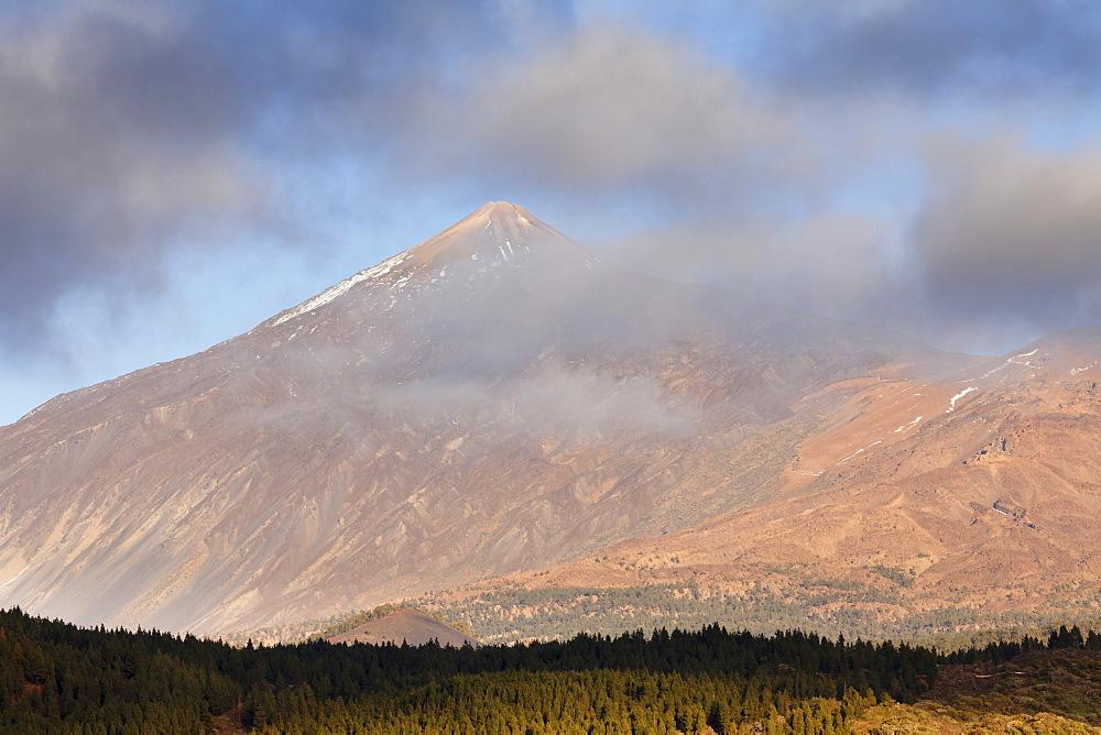 Pico de Teide at sunset, UNESCO World Heritage Site, Tenerife, Canary Islands, Spain, Europe