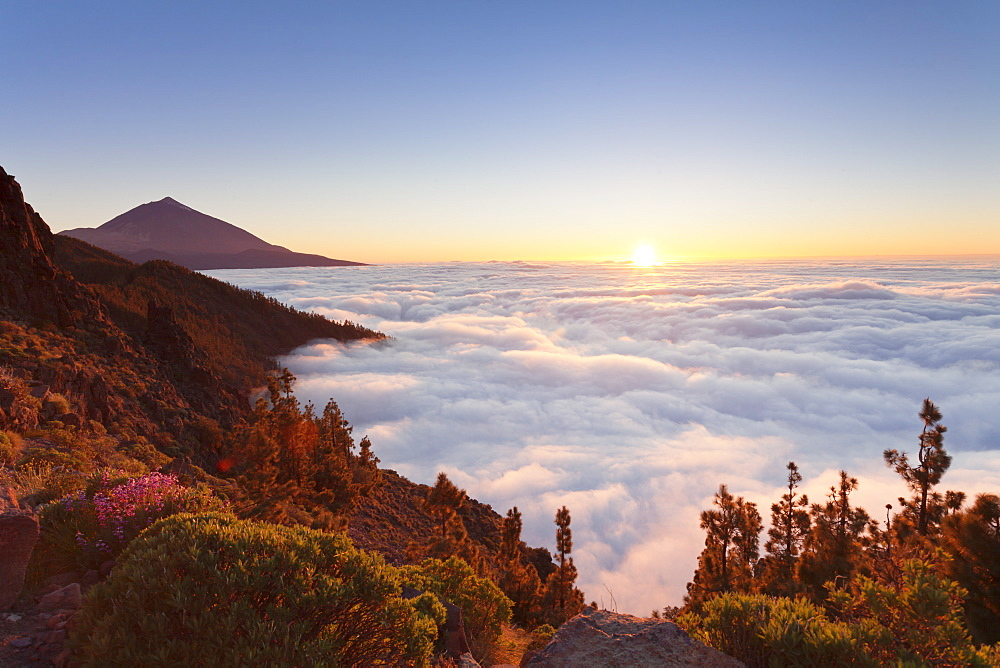 Pico del Teide at sunset, National Park Teide, UNESCO World Heritage Site, Tenerife, Canary Islands, Spain, Europe