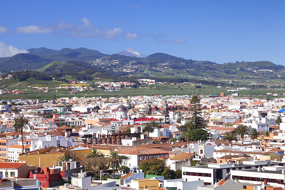 View over San Cristobal de La Laguna to Pico del Teide, UNESCO World Cultural Heritage, Tenerife, Canary Islands, Spain, Europe