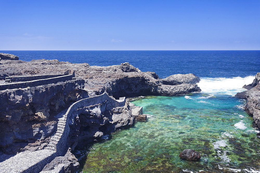 Natural swimming pool, Charco Manso Bay, Punta Norte near Echedo, UNESCO biosphere reserve, El Hierro, Canary Islands, Spain, Atlantic, Europe