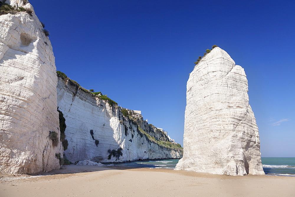 Pizzomunno rock, Castello beach, Vieste, Gargano, Foggia Province, Puglia, Italy, Europe