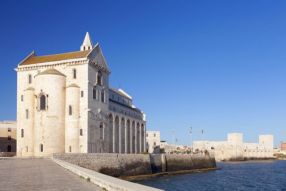 San Nicola Pellegrino cathedral, Castello Svevo castle, Trani, Le Murge, Barletta-Andria-Trani district, Puglia, Italy, Europe