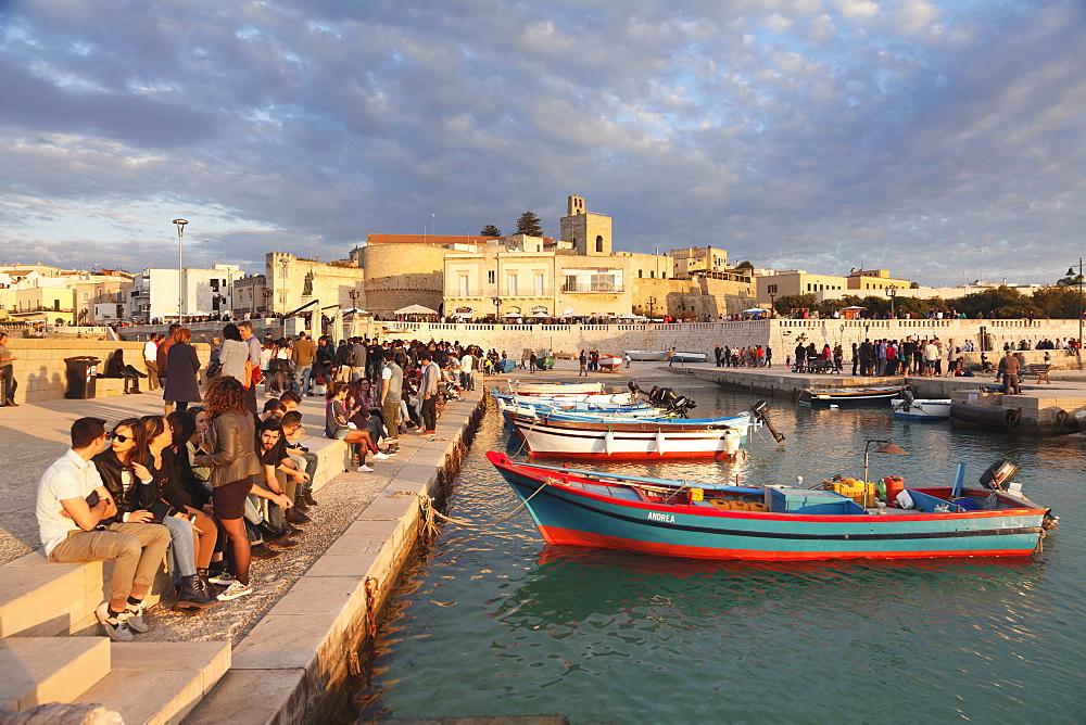 Bar at the port of Otranto, Lecce province, Salentine Peninsula, Puglia, Italy, Mediterranean, Europe