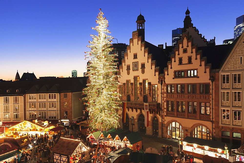 Christmas fair at Roemer, Roemerberg square, Frankfurt, Hesse, Germany, Europe