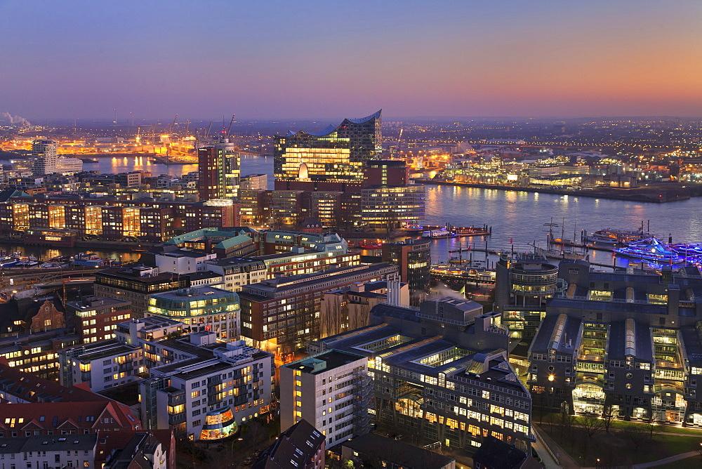 View over HafenCity and Elbphilharmonie at sunset, Hamburg, Hanseatic City, Germany