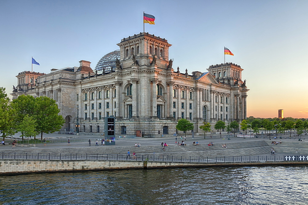 Reichstag Parliament Building at sunset, Mitte, Berlin, Germany, Europe