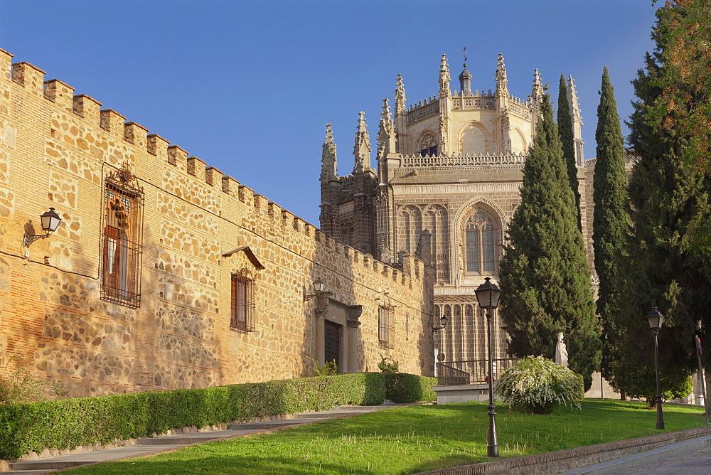 The wall of Palacio de la Cava, San Juan des los Reyes Monastery, Toledo, Castilla-La-Mancha, Spain