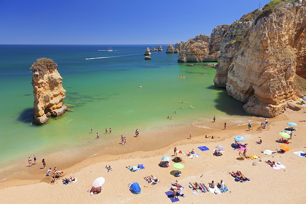 Praia da Dona Ana beach, Atlantic ocean, near Lagos, Algarve, Portugal, Europe
