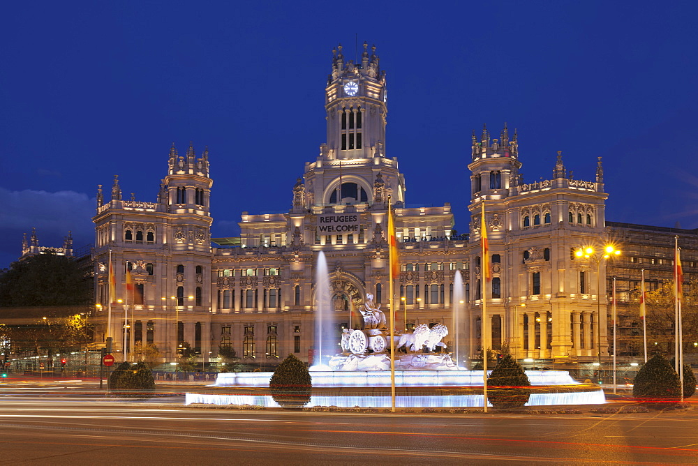 Plaza de la Cibeles, Fountain and Palacio de Comunicaciones, Madrid, Spain, Europe