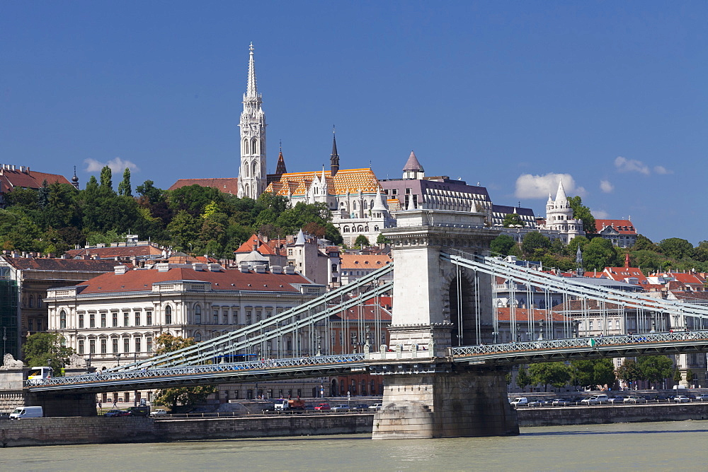 Chain Bridge, Matthias church and Fisherman's bastion on castle hill, UNESCO World Heritage Site, Budapest, Hungary, Europe
