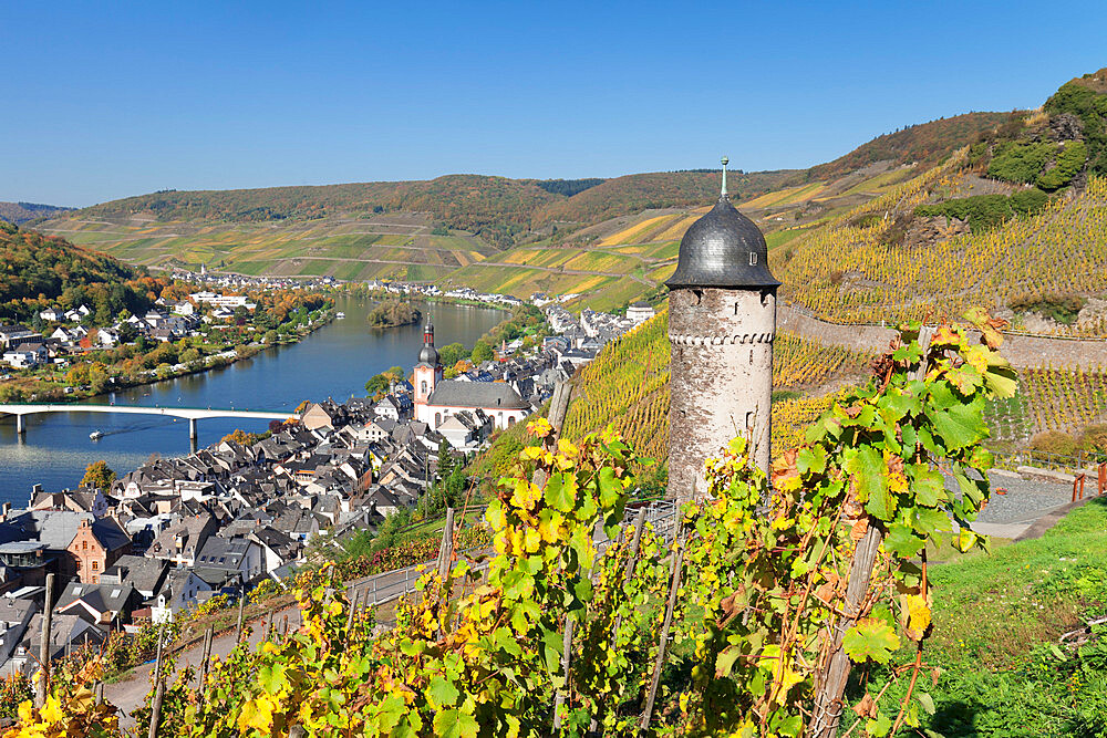 View from Runder Turm Tower to the town of Zell on Moselle River, Rhineland-Palatinate, Germany - 1160-3783