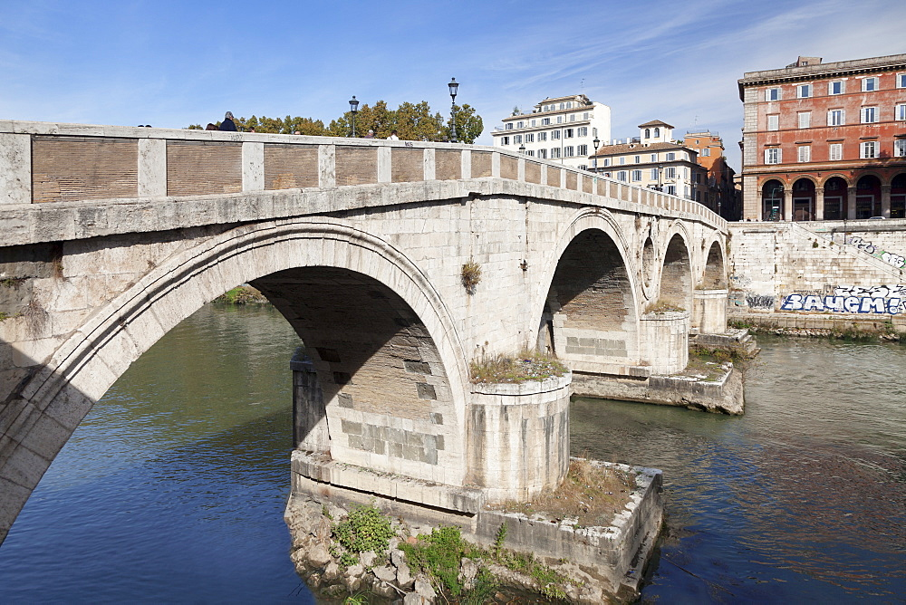 Ponte Garibaldi Bridge over Tiber River, Rome, Lazio, Italy, Europe - 1160-3857