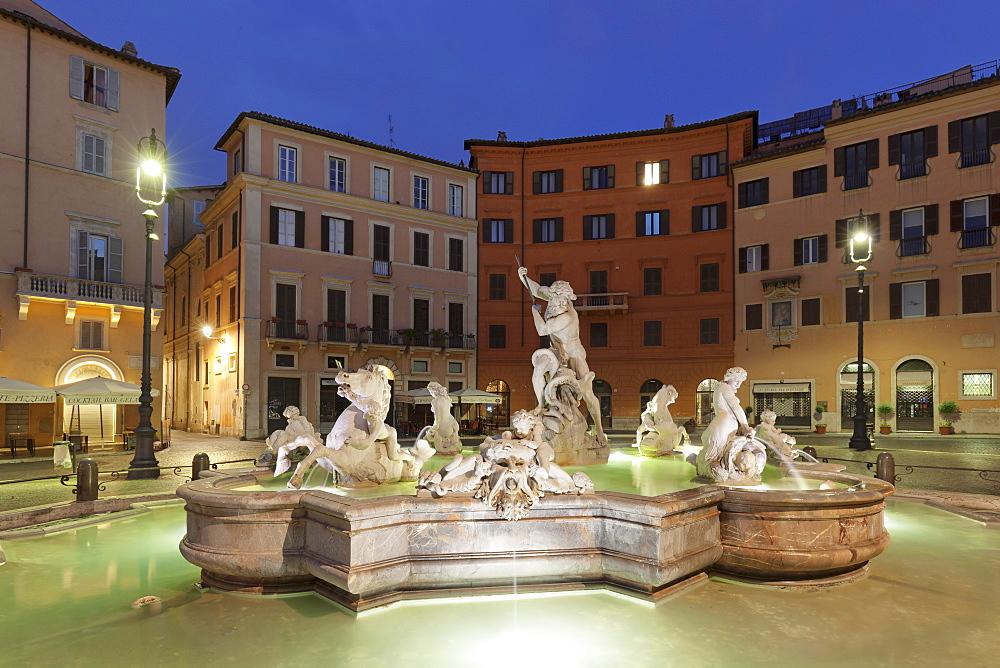 Neptune Fountain (Fontana del Nettuno), Piazza Navona, Rome, Lazio, Italy, Europe - 1160-3866
