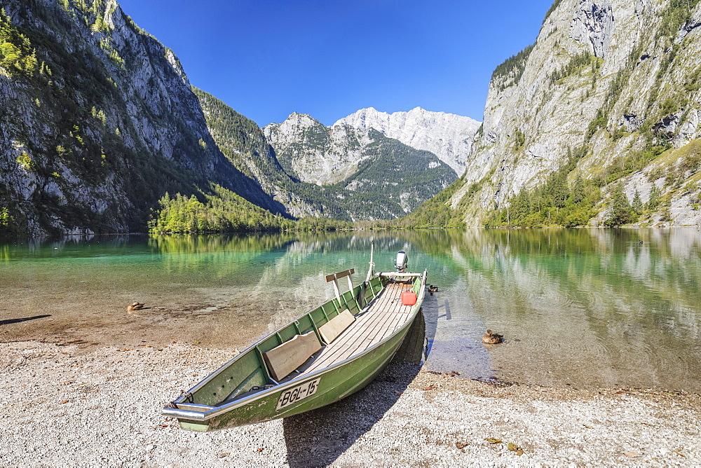 Fishing boat on Lake Obersee, Watzmann Mountain, near lake Koenigssee, Berchtesgadener Land, Berchtesgaden National Park, Upper Bavaria, Bavaria, Germany - 1160-3958