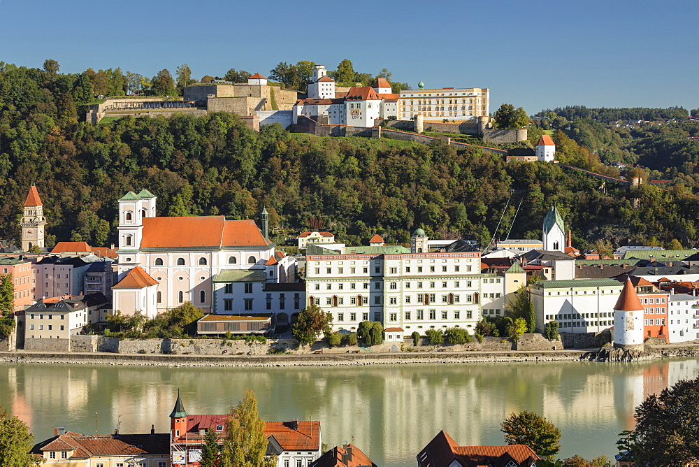 View over Inn River to the old town and Veste Oberhaus fortress, Passau, Lower Bavaria, Germany