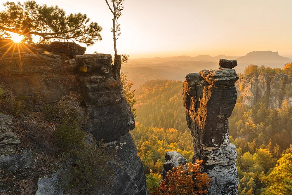 Wehlnadel Rock and Bastei Rocks, Elbsandstein Mountains, Saxony Switzerland National Park, Saxony, Germany - 1160-4007