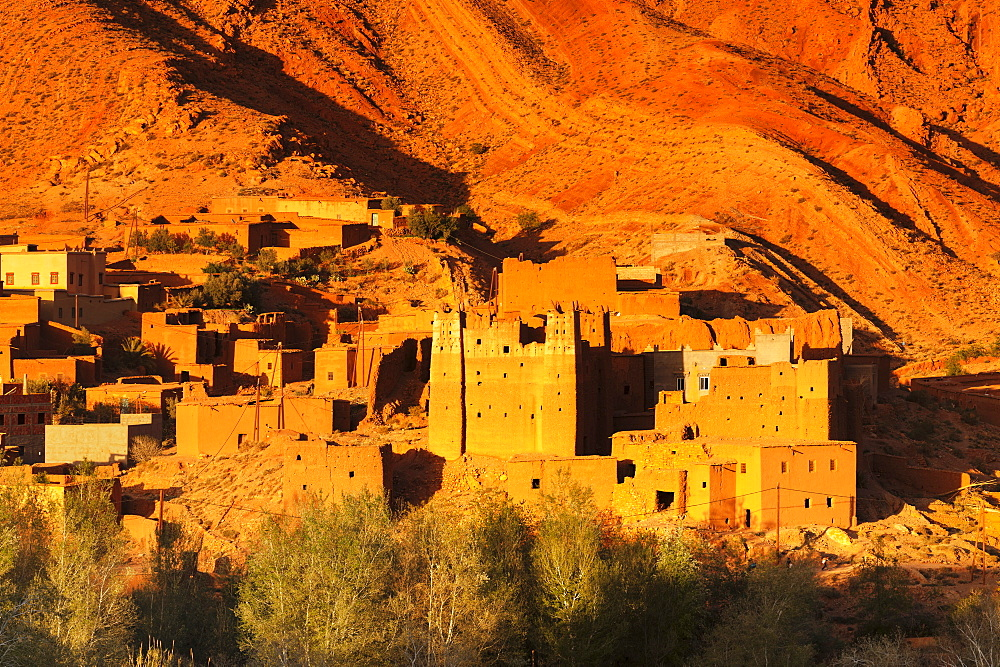Kasbah at suset, Ait Arbi, Dades Valley, Road of Kasbahs, Atlas Mountains, Southern Morocco, Morocco, Africa