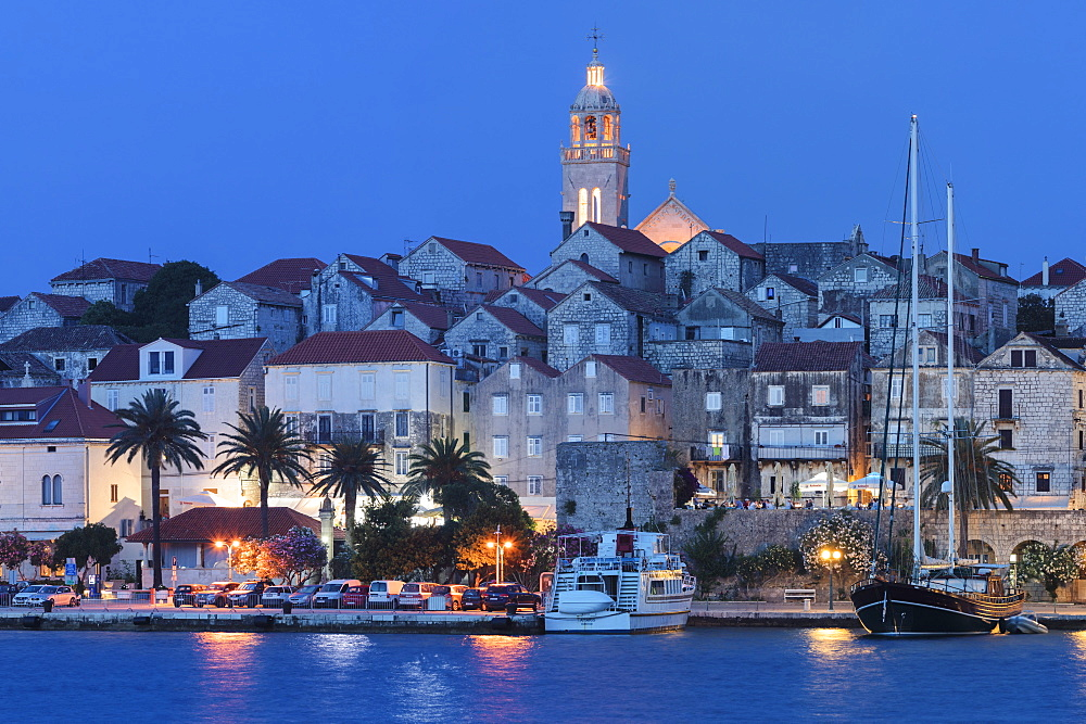 Harbour and Old Town of Korcula, Island of Korcula, Dalmatia, Croatia, Europe - 1160-4166