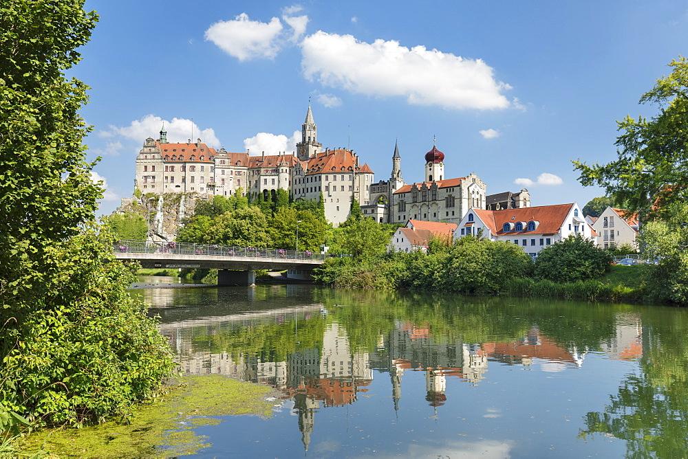 Sigmaringen Castle, Upper Danube Valley, Swabian Jura, Baden-Wuerttemberg, Germany - 1160-4247