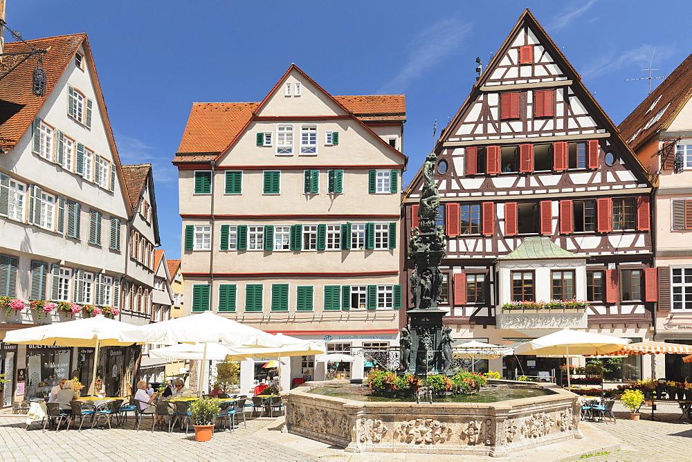 Street cafes at Neptunbrunnen fountain, market square, Tuebingen, Baden-Wuerttemberg, Germany