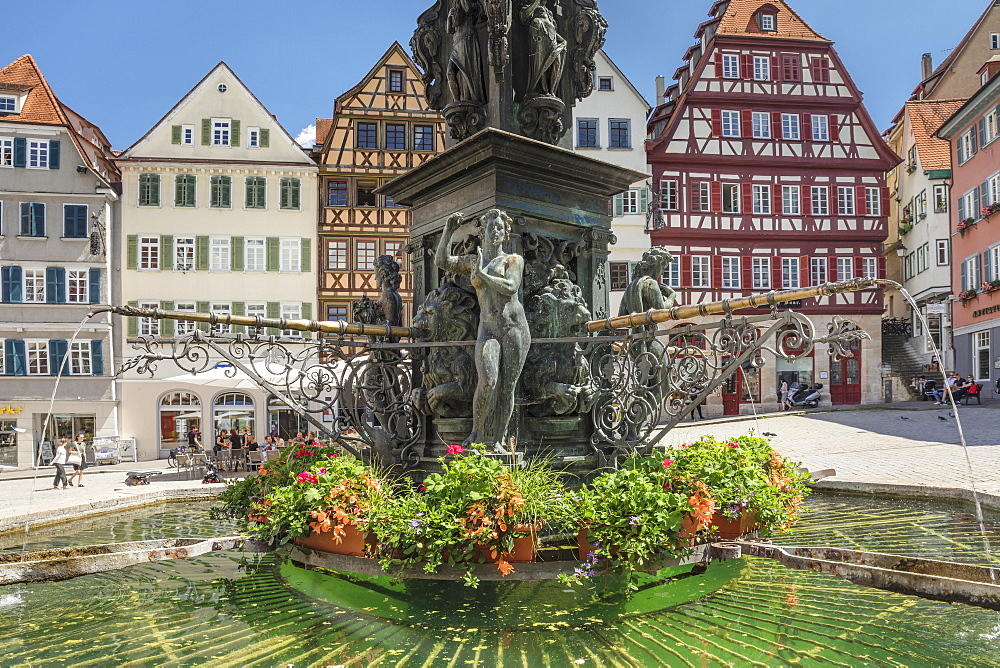 Neptunbrunnen fountain at market place, Tuebingen, Baden-Wuerttemberg, Germany