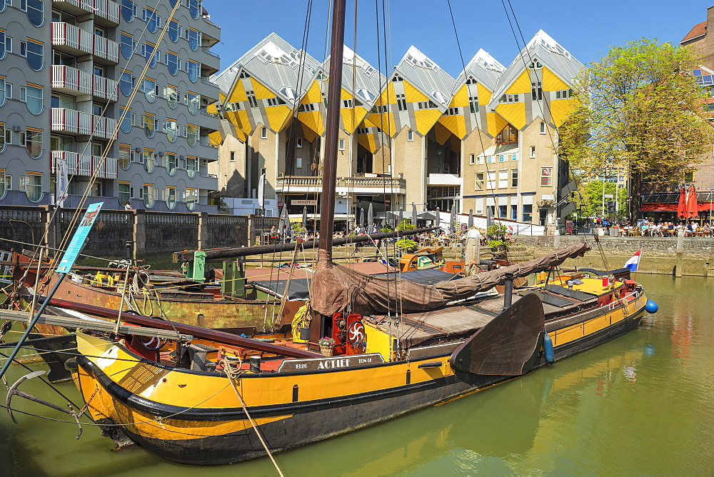 Cubic houses at Oudehaven port, Architect Piet Blom, Rotterdam, South Holland, Netherlands, Europe - 1160-4333