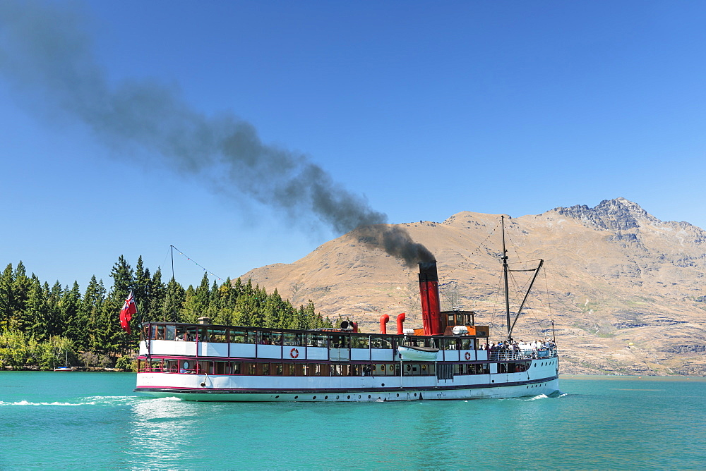 The Earnslaw steam boat on Lake Wakapitu, Queenstown, Otago, South Island, New Zealand, Pacific