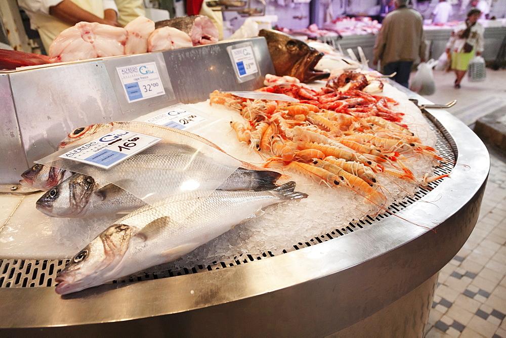 Fish for sale, Mercado Centra (Central Market), Valencia, Comunidad Valencia, Spain, Europe