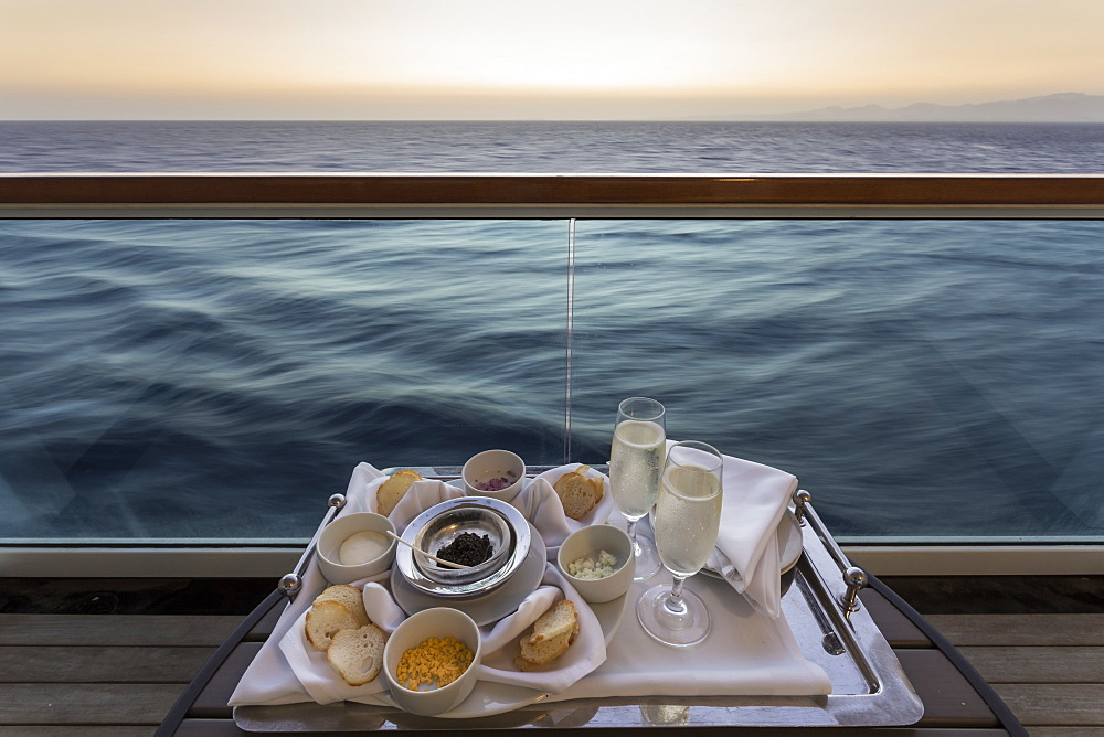 Chilled champagne and caviar with all the trimmings, al fresco on a luxury cruise ship, Red Sea, near Sharm El Sheikh, Egypt, North Africa - 1167-1048