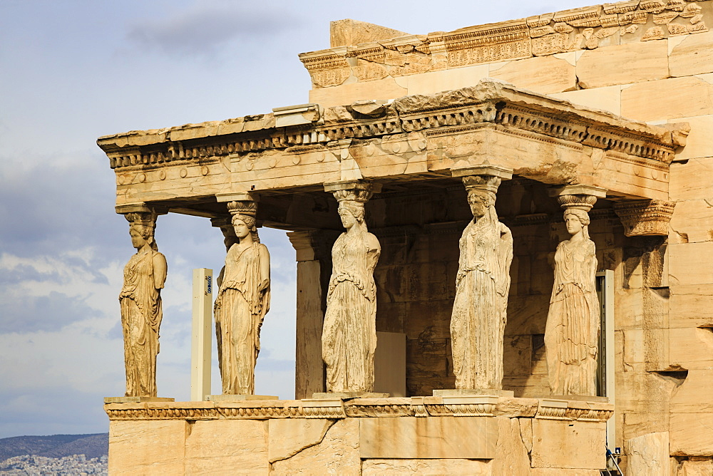 Porch of the maidens (Caryatids), Erechtheion, Acropolis, UNESCO World Heritage Site, Athens, Greece, Europe