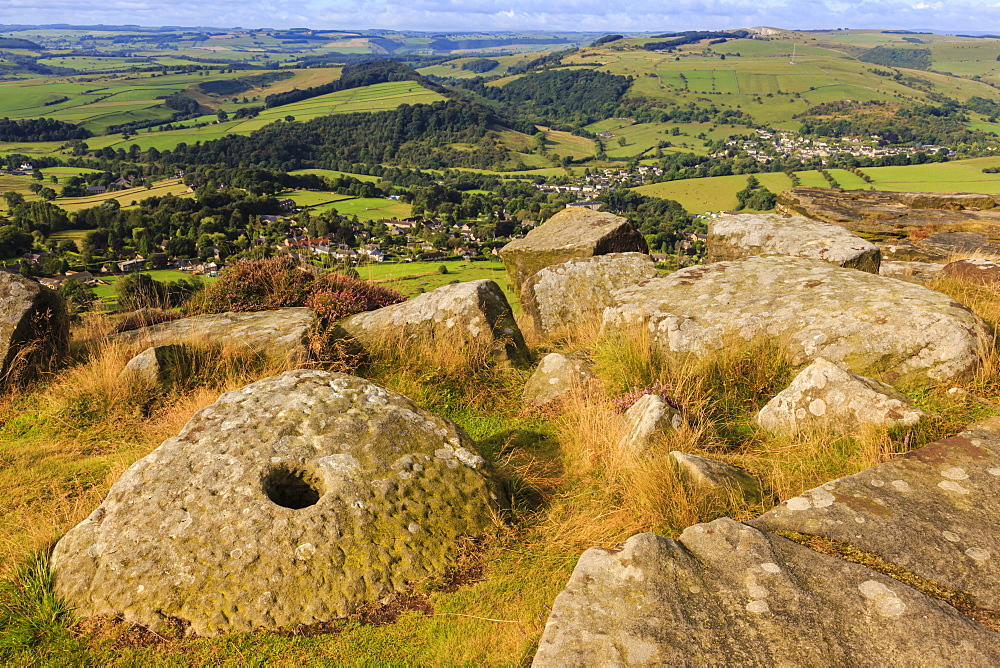 Millstone, Curbar Edge, Peak District National Park, in summer, Derbyshire, England, United Kingdom, Europe
