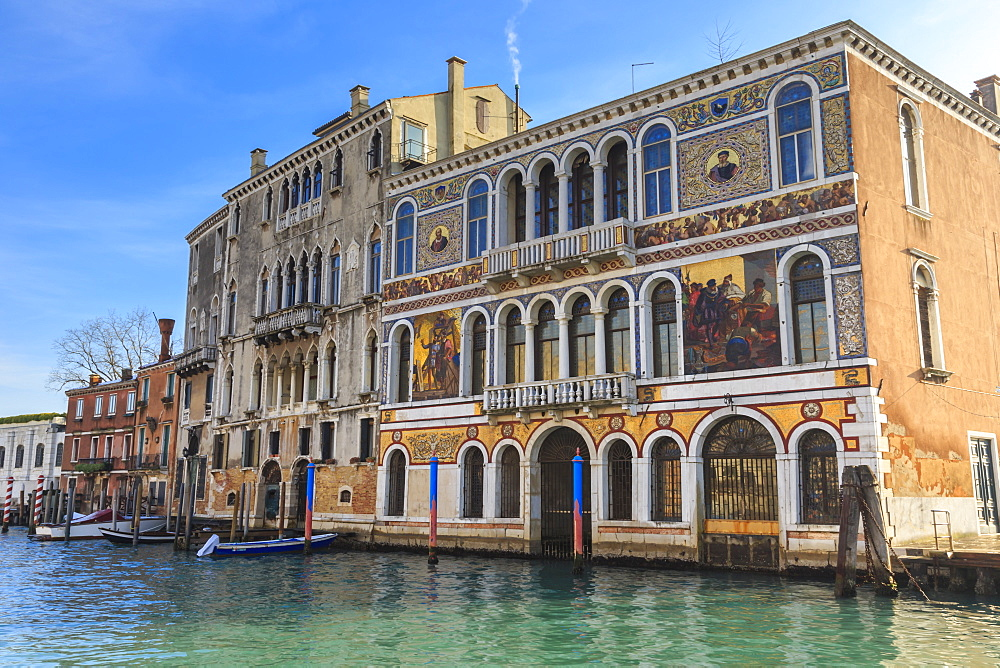 Palazzo Barbaragio, bathed in afternoon sun in winter, Grand Canal, Venice, UNESCO World Heritage Site, Veneto, Italy, Europe