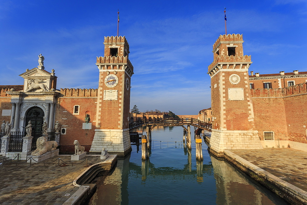 Porta Magna and Arsenale entrance (naval shipyard), in winter afternoon sun, Castello, Venice, UNESCO World Heritage Site, Veneto, Italy, Europe