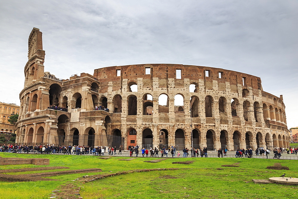 Colosseum, Roman Amphitheatre, Forum area, Historic Centre (Centro Storico), Rome, UNESCO World Heritage Site, Lazio, Italy, Europe