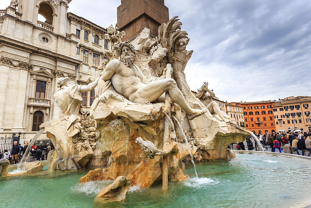 Fontana dei Quattro Fiumi (Four Rivers), Piazza Navona, Historic Centre, Rome, UNESCO World Heritage Site, Lazio, Italy, Europe