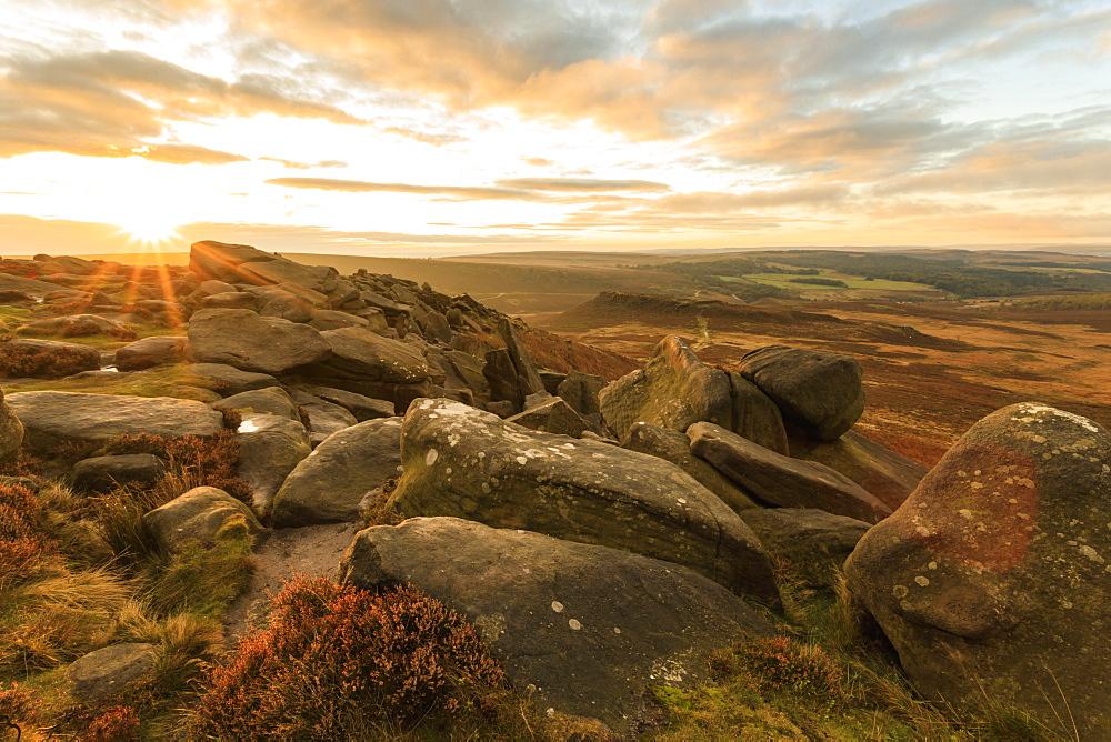 Higger Tor, Carl Wark Hill Fort and Hathersage Moor, sunrise, Peak District National Park, Autumn, Derbyshire, England