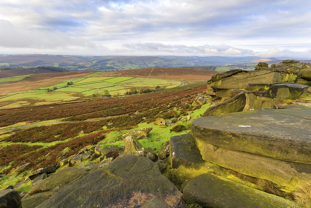 Stanage Edge and millstones, Hathersage, Peak District National Park, Autumn, Derbyshire, England - 1167-1582