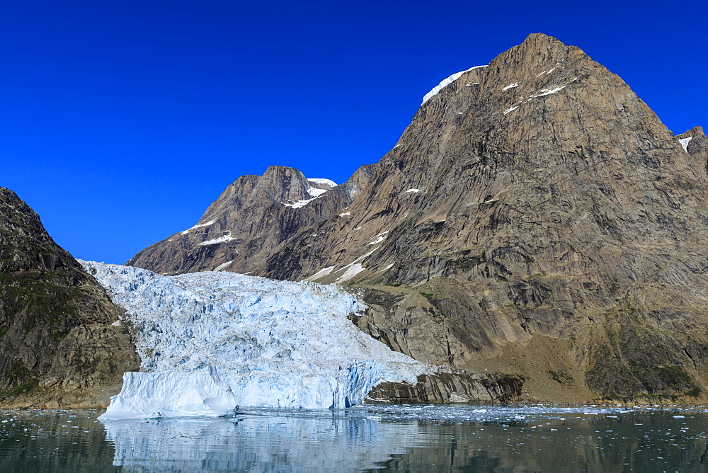 Tidewater glacier, South Skjoldungen Fjord, glorious weather, remote South East Greenland, Denmark, Polar Regions